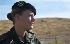 La imagen tiene un atributo ALT vacío; su nombre de archivo es Zaida-Cantera-excomandante-del-Ejército-de-Tierra.jpg
