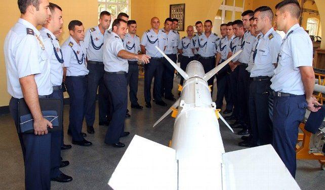 La Audiencia Nacional contradice al capitán jurídico de la Academia Básica del Aire (A.B.A.) de la Virgen del Camino (León)