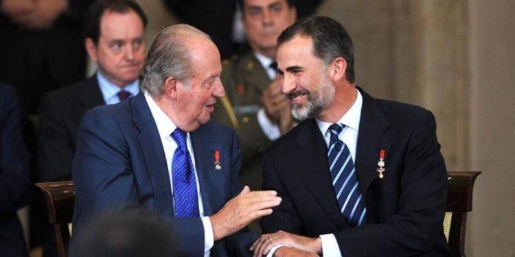 Pregunto a Felipe VI si Juan Carlos I sigue vivo