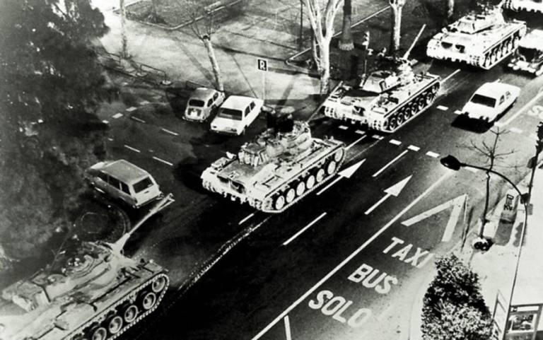 Carros de Combate en Valencia el 23 de febrero de 1981.