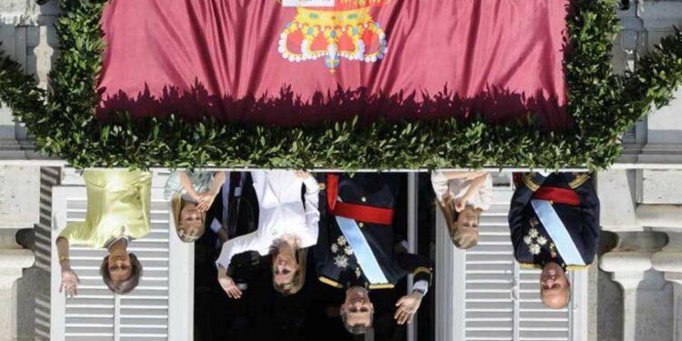 El CIS tiene miedo que la valoración de la monarquía se derrumbe con Felipe VI